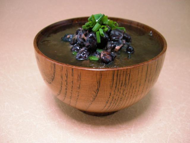 黒豆納豆ととろろ昆布の即席お吸い物