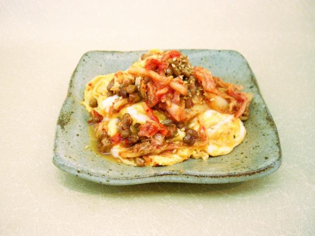 わら納豆とキムチの卵炒め