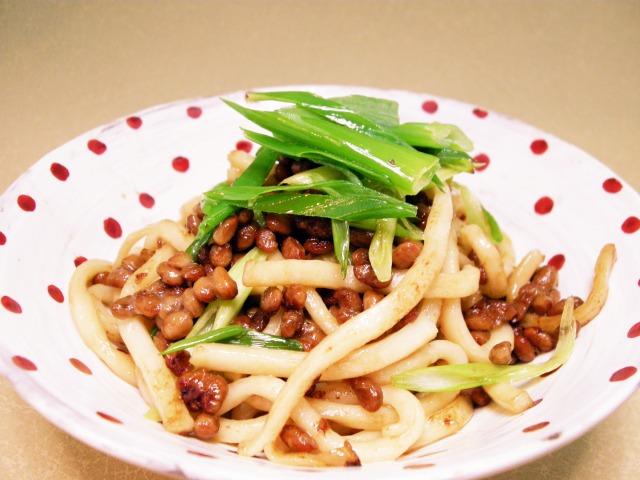 納豆と九条ねぎのうどんチャンプルー